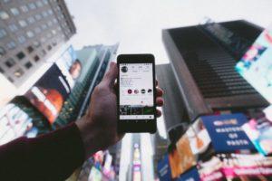 Influencer marketing – czy warto podjąć współpracę z influencerem?